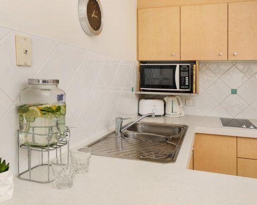 headlands-alexandria-ocean-boulevard-standard-apartment-room-25 (5)